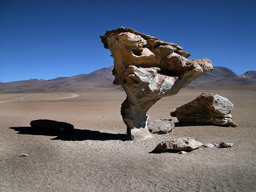 salar-uyuni-roca